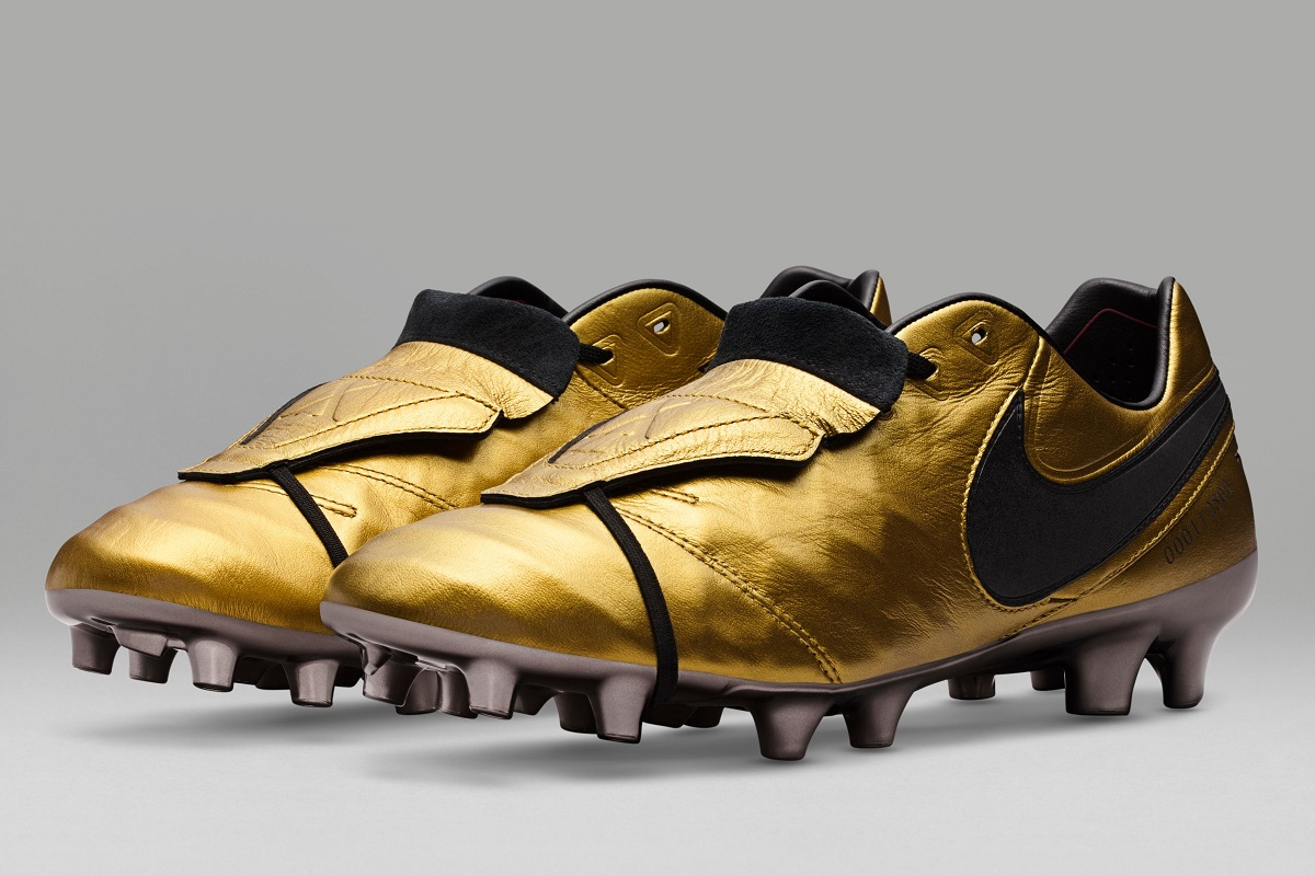 the latest 73669 92390 Nike Tiempo Legend SE Totti X Roma - Now Available! | Soccer ...