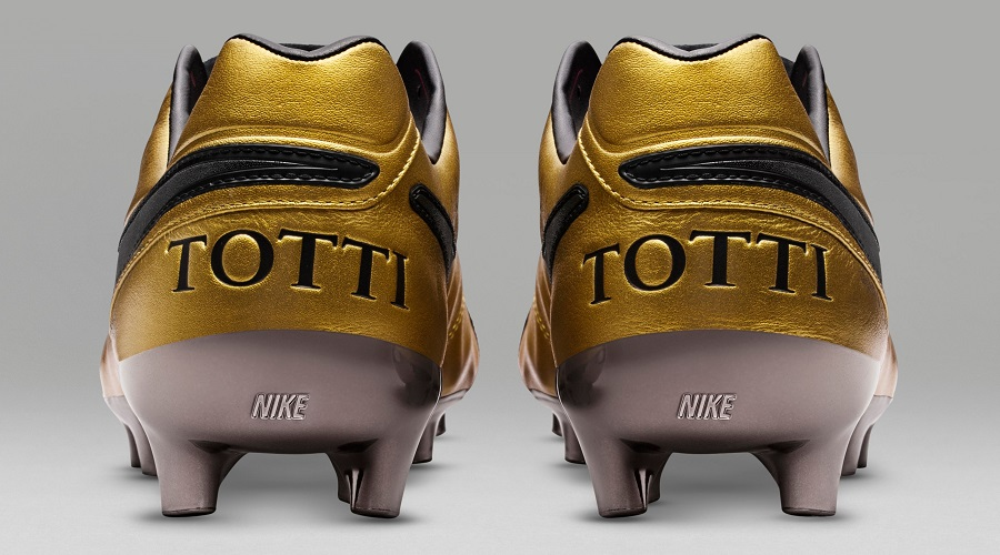 low priced a5810 0c4ac Nike Create Limited Edition Tiempo Totti X Roma | Soccer ...