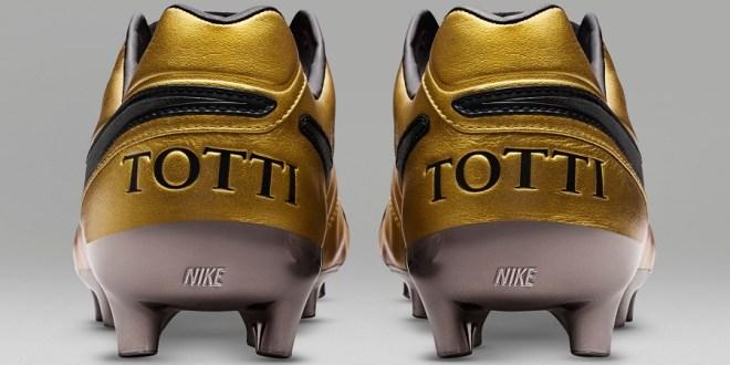 Nike Create Limited Edition Tiempo Totti X Roma