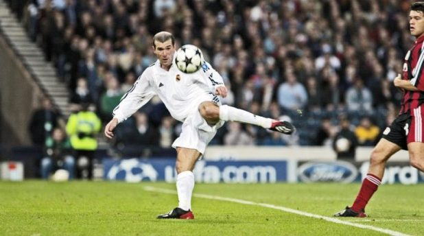 Zidane champions league volley