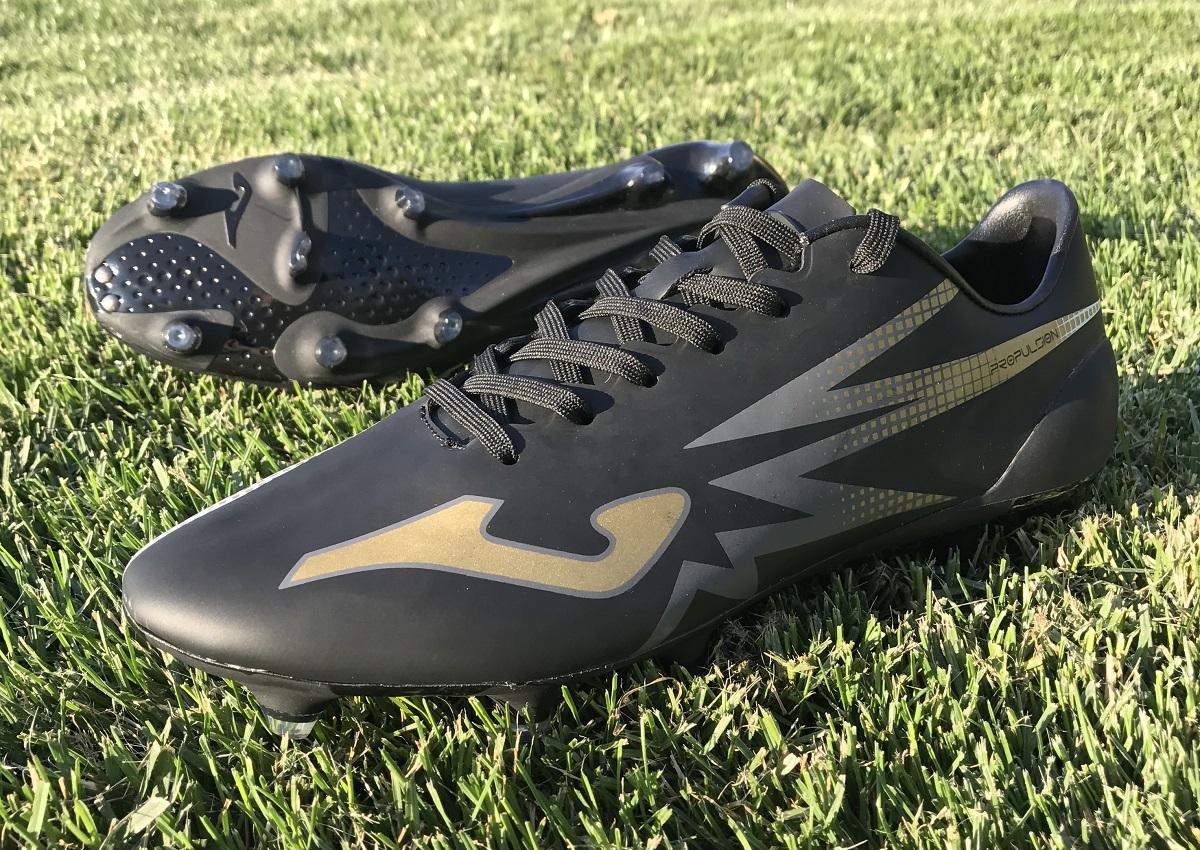 Narrow Feet   Soccer Cleats