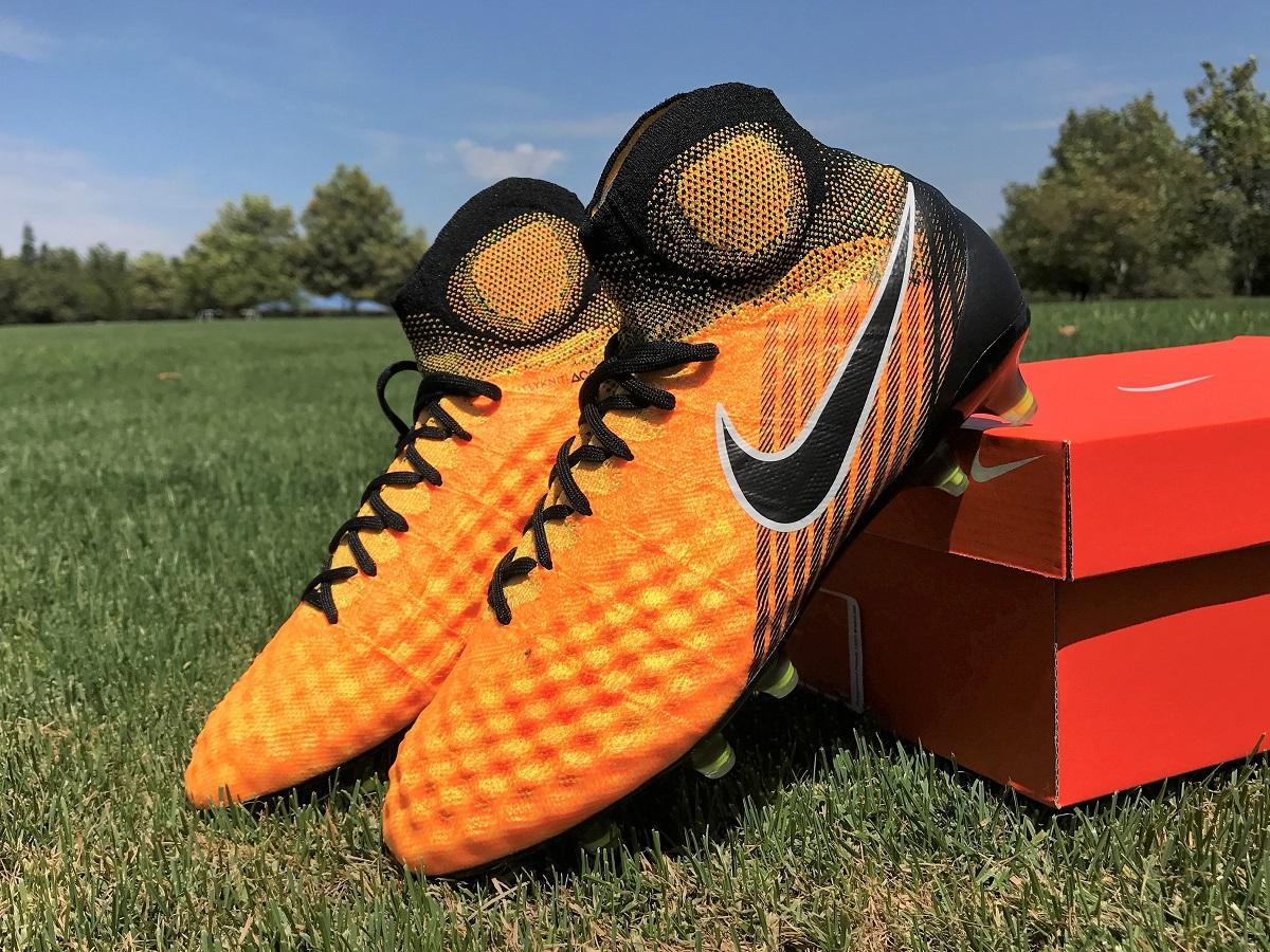 1f8b12c7f Hommes Nike Magista OBRA – Soccer Cleats 101