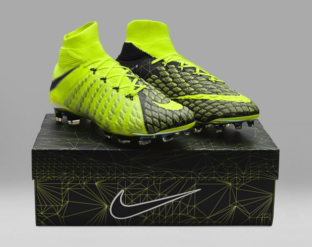 Limited-Edition Nike X EA SPORTS Hypervenom 3