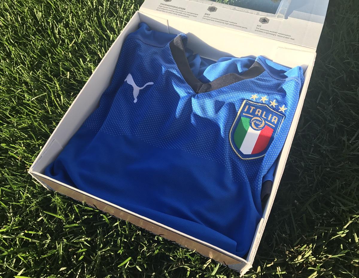 Kits jerseys italy home 2018 soccer cleats 101 for Italian kit