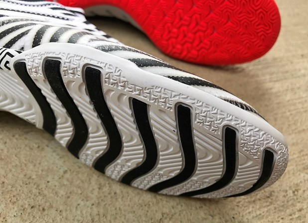 Nemeziz Tango Sole + Traction