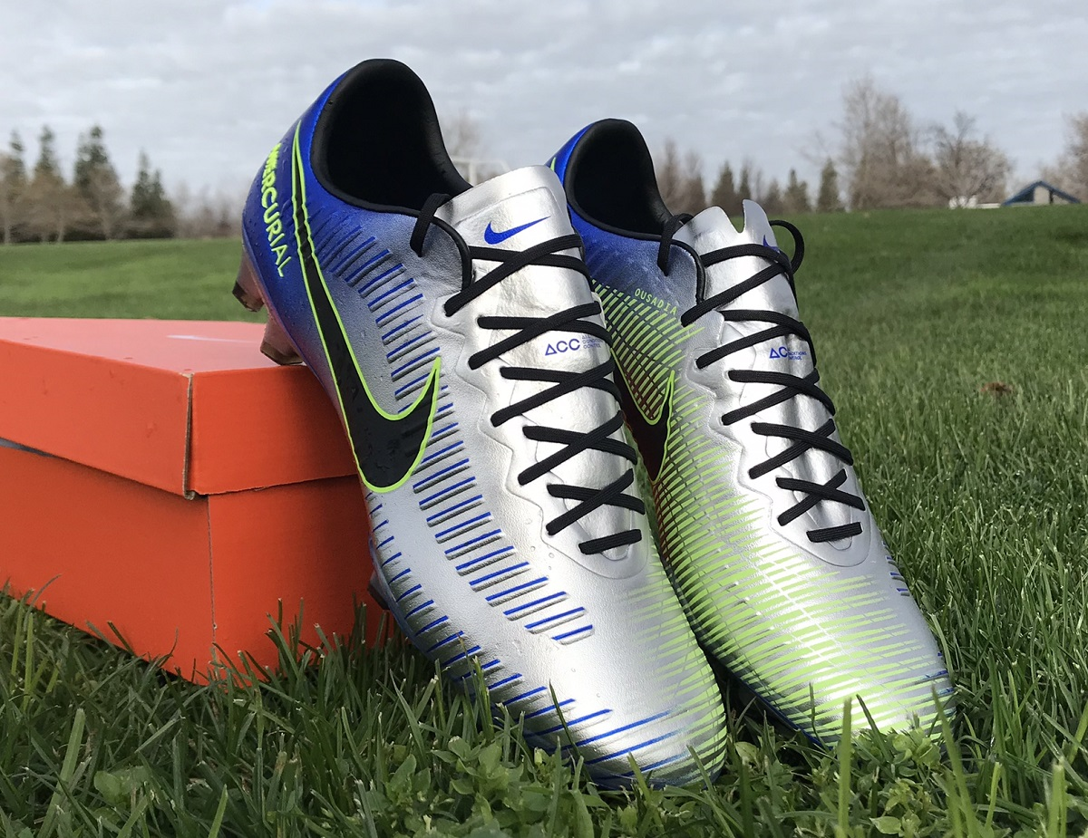 "377075dccbfd Up Close - Nike Mercurial Vapor NJR ""Puro Fenomeno"" 