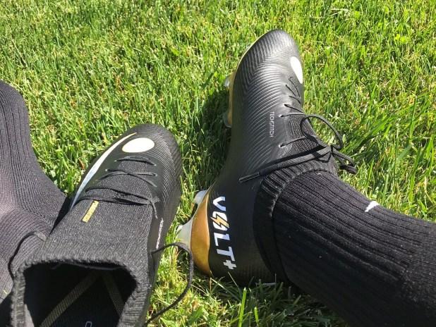 Concave Volt+ Knit On Foot