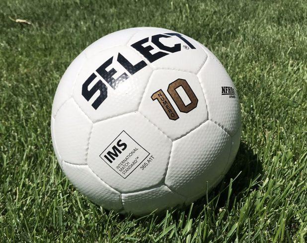 NUMERO 10 - IMS NFHS White Soccer Ball