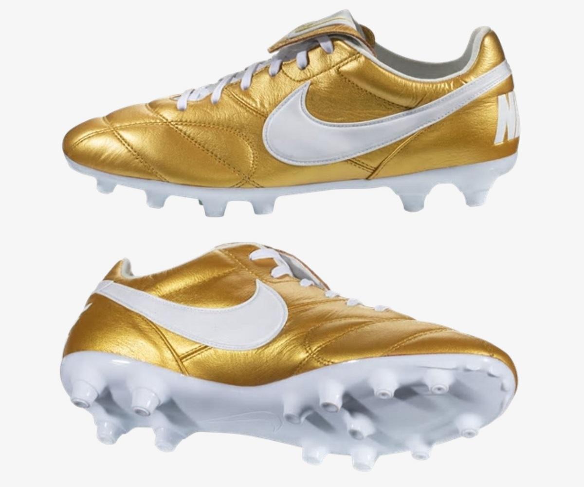 the best attitude 1af4c 08020 Nike Drop Ronaldinho Inspired Premier II in