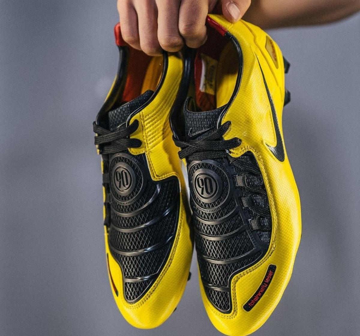 site réputé 47fdd 4496c Nike T90 Laser 1 Remake 2019 Released   Soccer Cleats 101