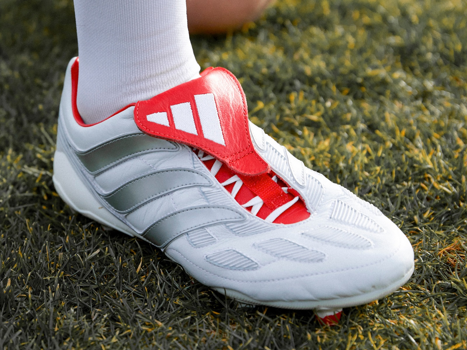 innovative design 5dcf2 c3d8a adidas Predator Precision White Beckham