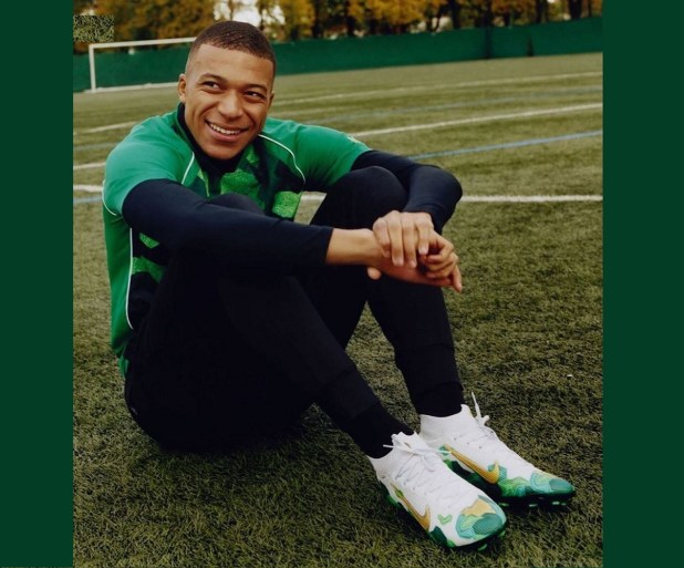 Mbappe With Signature Superfly Bondy