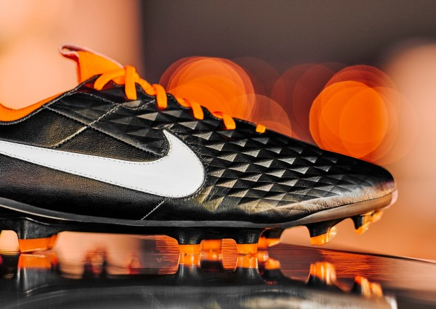 Nike Tiempo Future DNA Upper