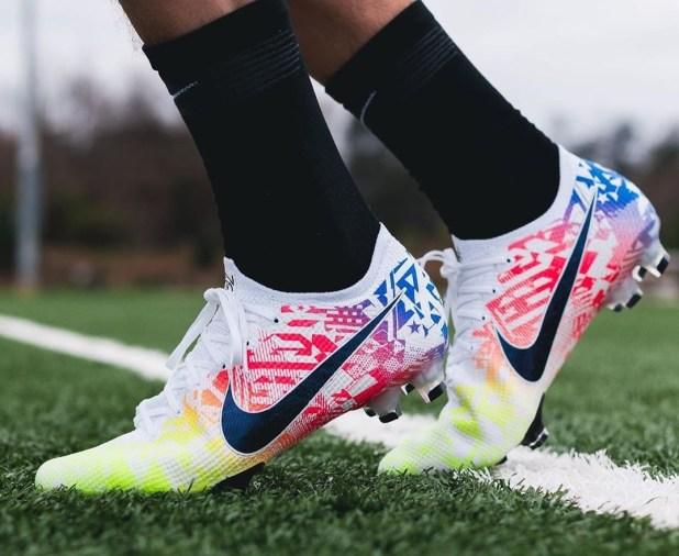 Neymar Signature Jogo Prismático Nike Mercurial Vapor.