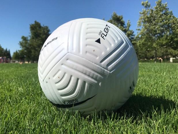 Nike Flight Soccer Match Ball