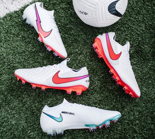 Nike Flash Crimson Pack 2020