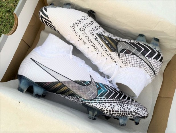Nike Dream Speed Unboxing Superfly