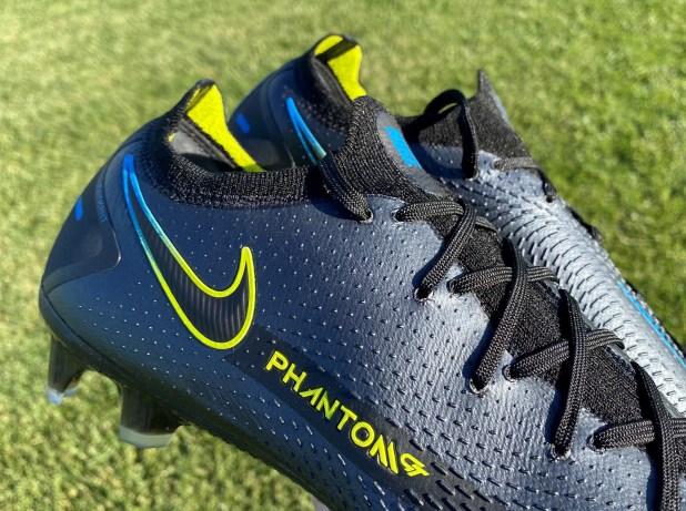 Nike Phantom GT Generative Texture