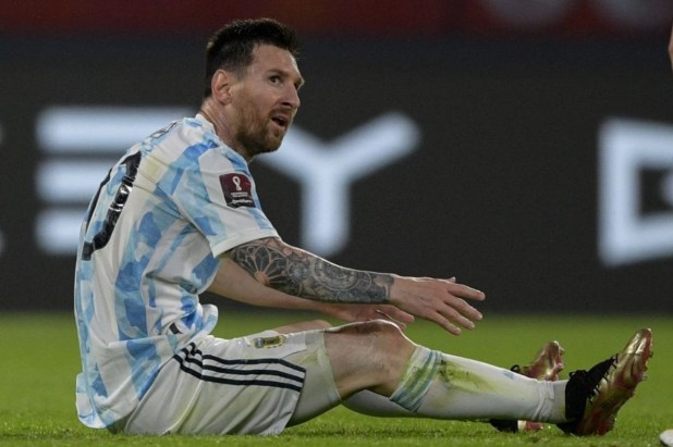 Messi Wears Nemeziz.1 Silverware Pack