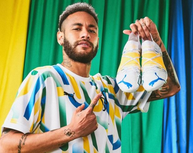 Neymar with FUTURE Z NJR Brasil