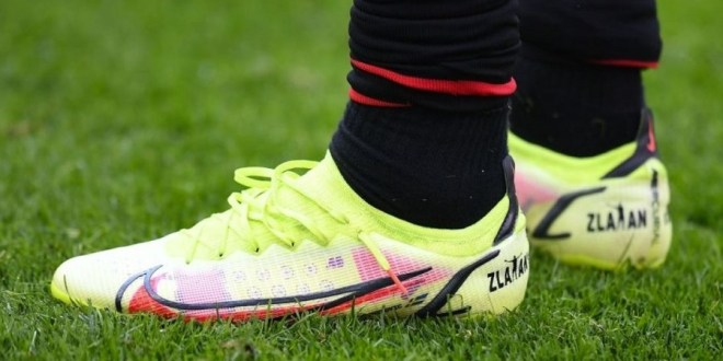 """Zlatan Adds A """"Lion Touch"""" To His Nike Mercurial Vapor 14"""