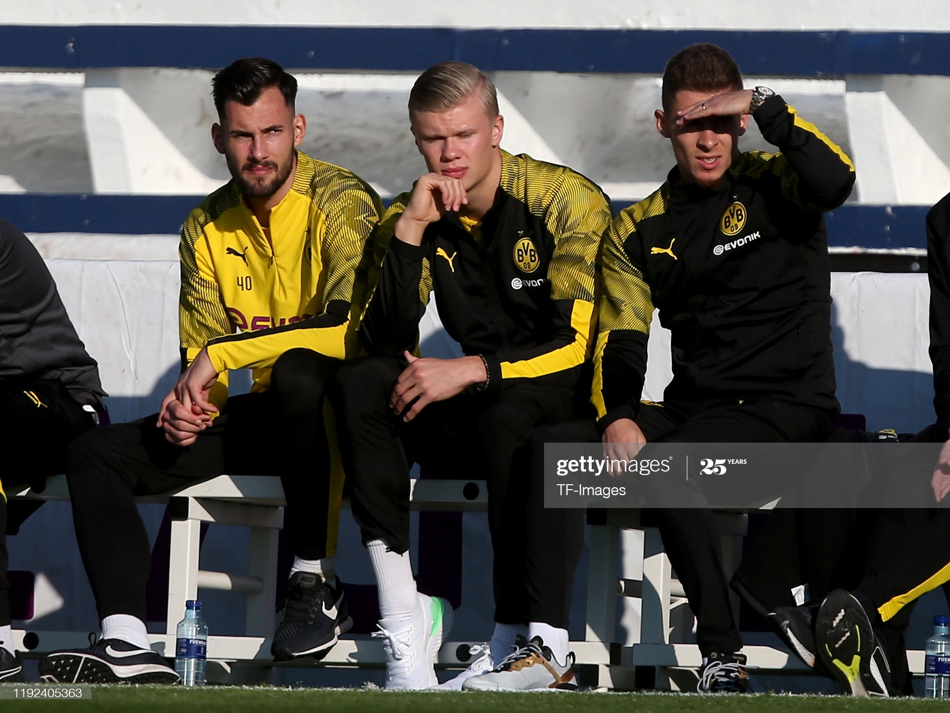 MARBELLA, SPAIN - JANUARY 07: (BILD ZEITUNG OUT) goalkeeper Eric Oelschlaegel of Borussia Dortmund, Erling Braut Haaland of Borussia Dortmund and Thorgen Harzard of Borussia Dortmund looks on during a friendly match between Borussia Dortmund and Standard Liege on January 7, 2020 in Marbella, Spain. (Photo by TF-Images/Getty Images)