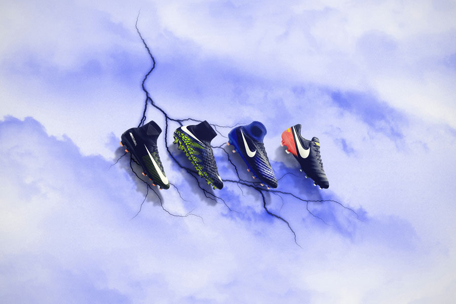 Nike Soccer Dark Lightning Pack