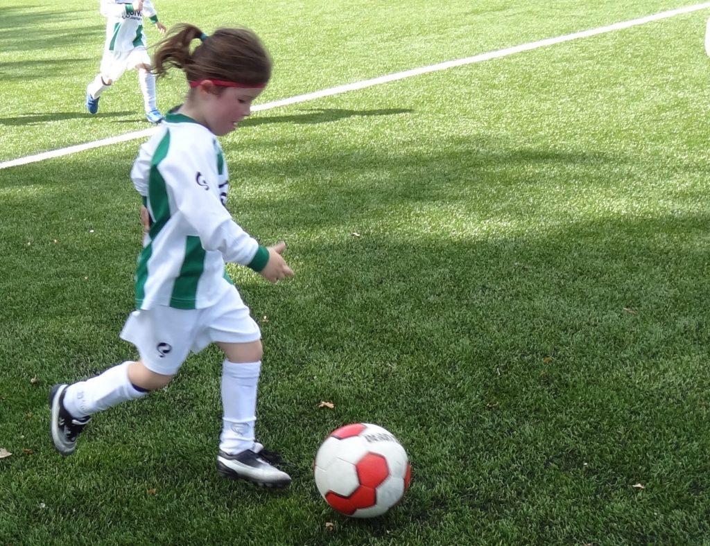 eerste-voetbalwedstrijd