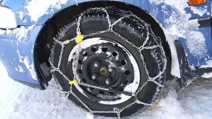 Come montare le catene da neve