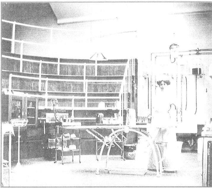 Operating Theatre about 1912