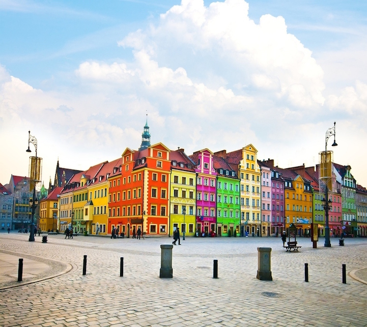 12-Colourful-Cities-Wroclaw-Poland