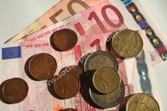 Business - Geld - Umsatz - Verlust - Aktien