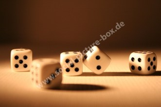 Spiele - Zubehör - Ausrüstung - Spielwürfel - Kinderspiele - Straßenspiele - Freizeitspiele - Familienspiele