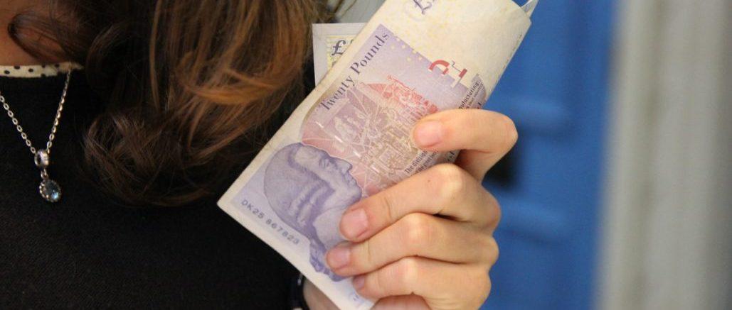 writing-hand-person-woman-peace-money-784689-pxhere.com