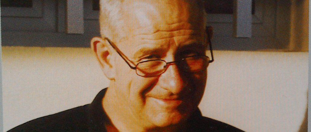 Photograph of Duncan Scott