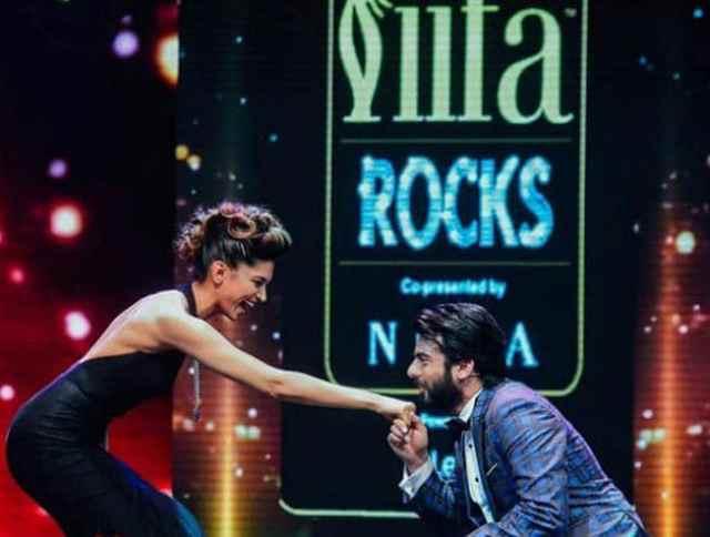 Deepika Padukone & Fawad Khan Shines in ICW 2016