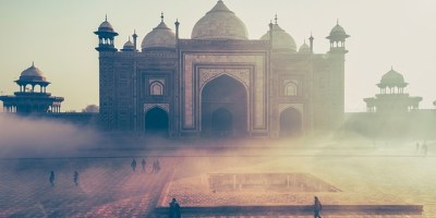 "SC asks govt if it wants to ""destroy"" the Taj Mahal"