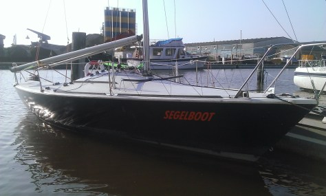 Segelboot Juni 2015: Hafen Borssum
