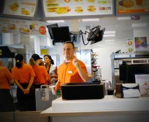 IMG 20150603 WA0001 300x246 Esperienza formativa in contesto di tipo lavorativo McDonalds: tocca a Flavio!