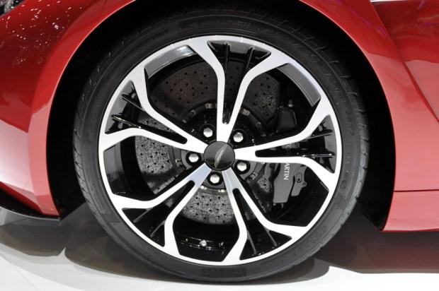 Aston_Martin_V12_Zagato_