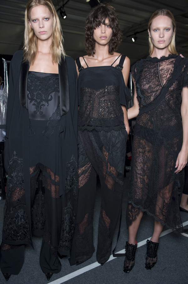 Givenchy-Models-NYFW-2015-2