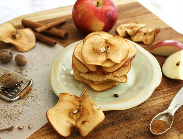 Inspired Edibles - Cinnamon Nutmeg Apple Chips