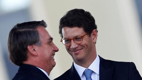 Ricardo Salles exonera coordenador de fiscalização ambiental do Ibama