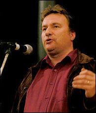 Rob Windsor speaking at Socialist Party congress 2006, photo Paul Mattsson