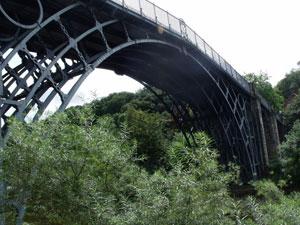 competition-jump-off-bridge (1)