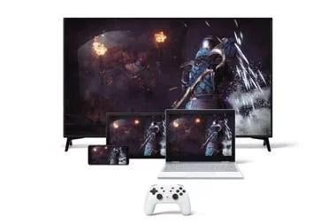 La idea detrás de plataformas como Stadia o GeForce Now es abstraer el hardware que decodifica el juego y sólo requerir una pantalla para mostrarlo, un mando para controlarlo y una conexión a Internet para recibirlo