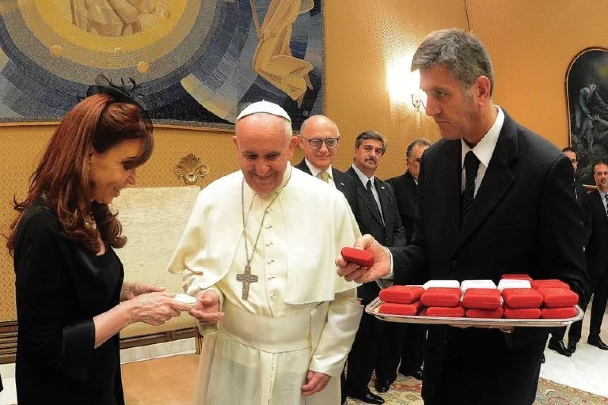 El Papa y Cristina Kirchner en su encuentro de 2015