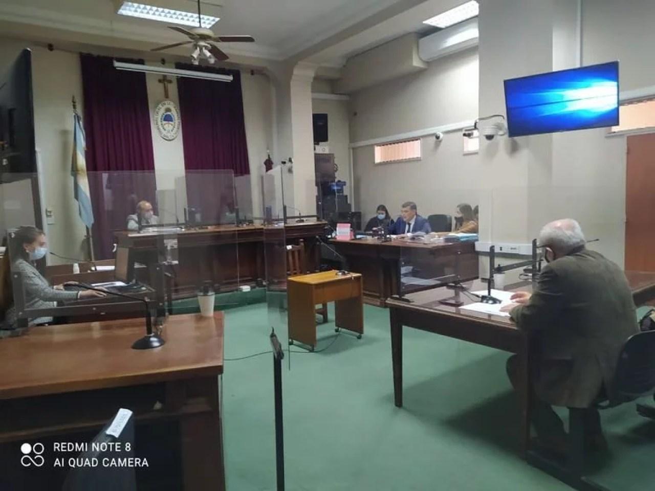El Tribunal Oral Federal N°1 de Salta, antes de condenar al expolicía Ramón Oscar Luna a 11 años de prisión por el intento de femicidio de su esposa