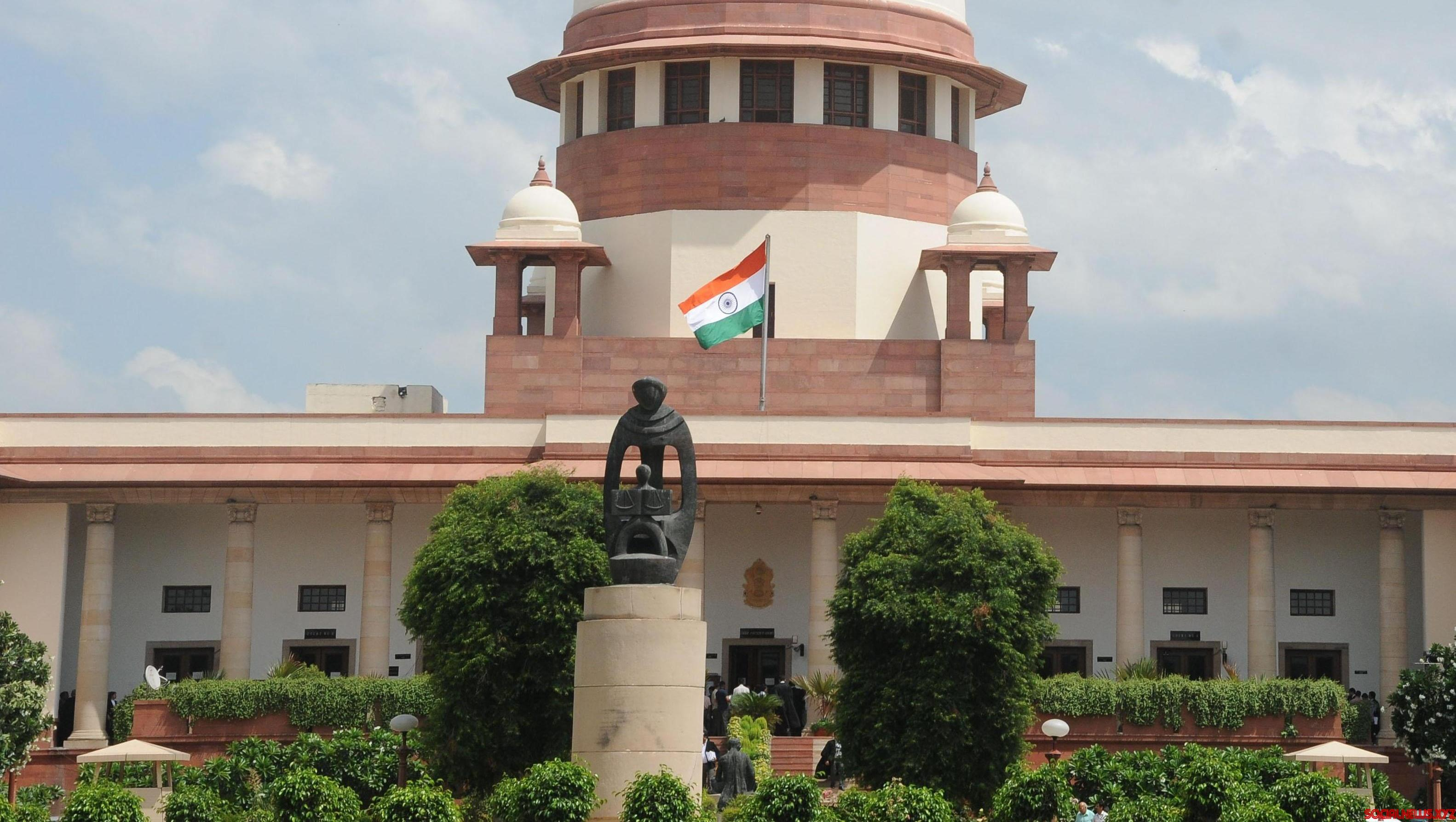 SC issues notice on Sajjan Kumar's plea
