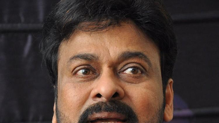 Telugu filmdom wishes Chiranjeevi luck for comeback film